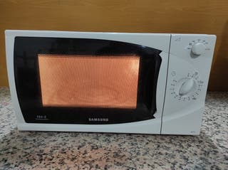 Microondas SAMSUNG 850 W