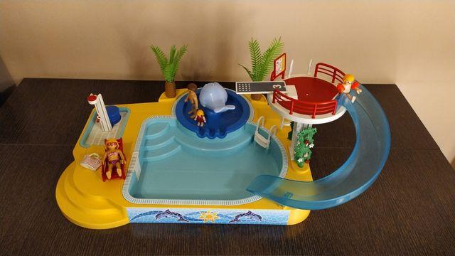 Playmobil piscina fuente de ballena