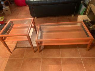 Mesas de centro de madera y cristal
