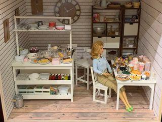 Se hacen dioramas y complementos para Barbie