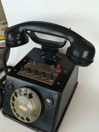 Teléfono centralita antigua