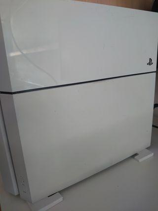 PS4 Blanca + Mando scuf + juegos