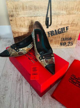 Zapato plano tejido y piel Carolina Herrera