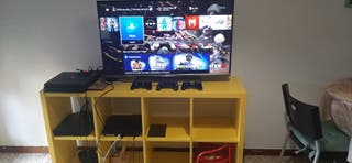 Smart tv 43 pulgadas Philips, sus cables, mando.