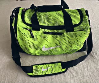 Macuto deportivo verde de Nike