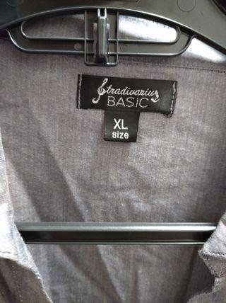 Blusa elegante gris