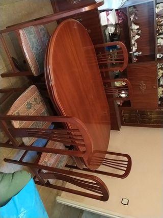 mesa con seis sillas extensible