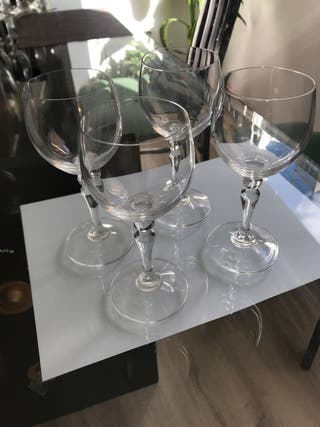 4 copas de cristal