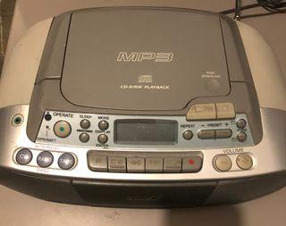 Radio CD/ Cassete mo3 Sony