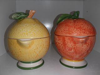 2 Exprimidores de cerámica