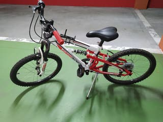 Bicicleta de niño casi sin usar