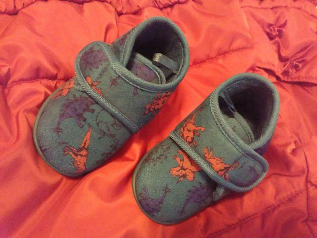 Zapatillas de casa dinosaurios, bebé (t. 20-21)
