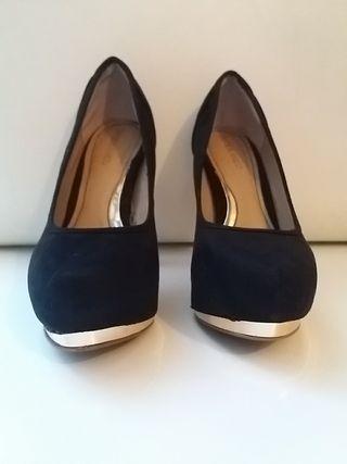 Zapatos de tacón de Blanco. N. 37