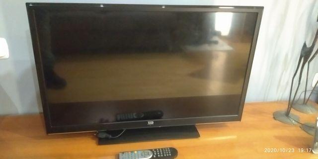 "Television 32 "" averiada TD SYSTEMS (K32DLV1H)"