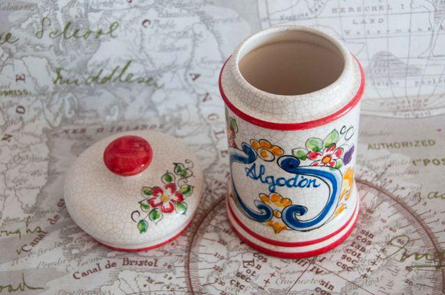 Bote de cerámica para algodón - como nuevo