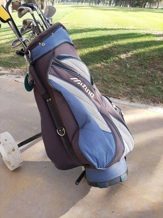 Bolsa golf (no incluye los palos)