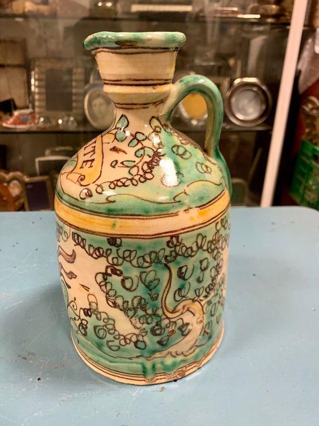 Jarra de cerámica de Pablo Sanguino