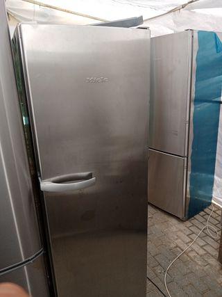 frigorífico miele 1 puerta 180€