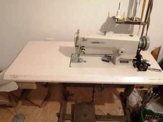 máquina de coser, plana