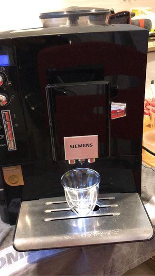 Cafetera automática Siemens EQ 5