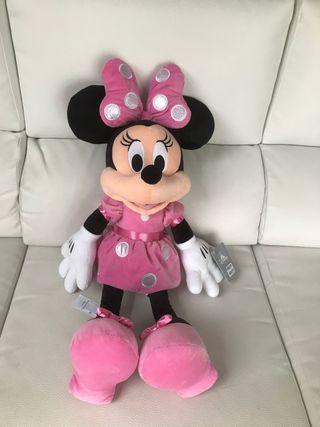 Minnie Mouse tamaño grande
