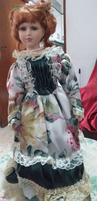 Muñeca porcelana antigua