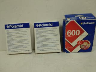 2 cartuchos de fotos para camaras Polaroid 600.
