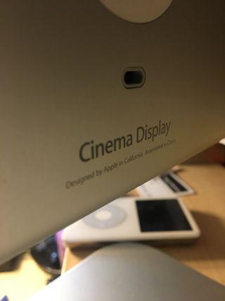 Monitor Apple Cinema Display 20'