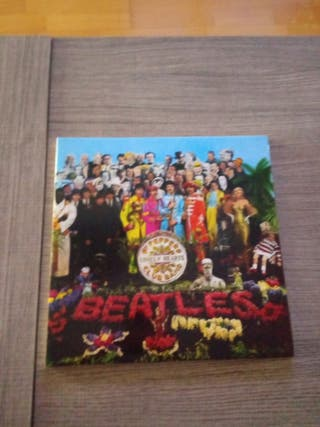 Sgt Peppers Club Band Lonely Hearts de los Beatles