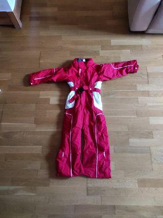 mono esquí rojo y blanco
