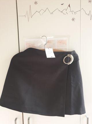 falda negra sfera
