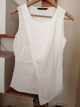 Blusa blanca elegante