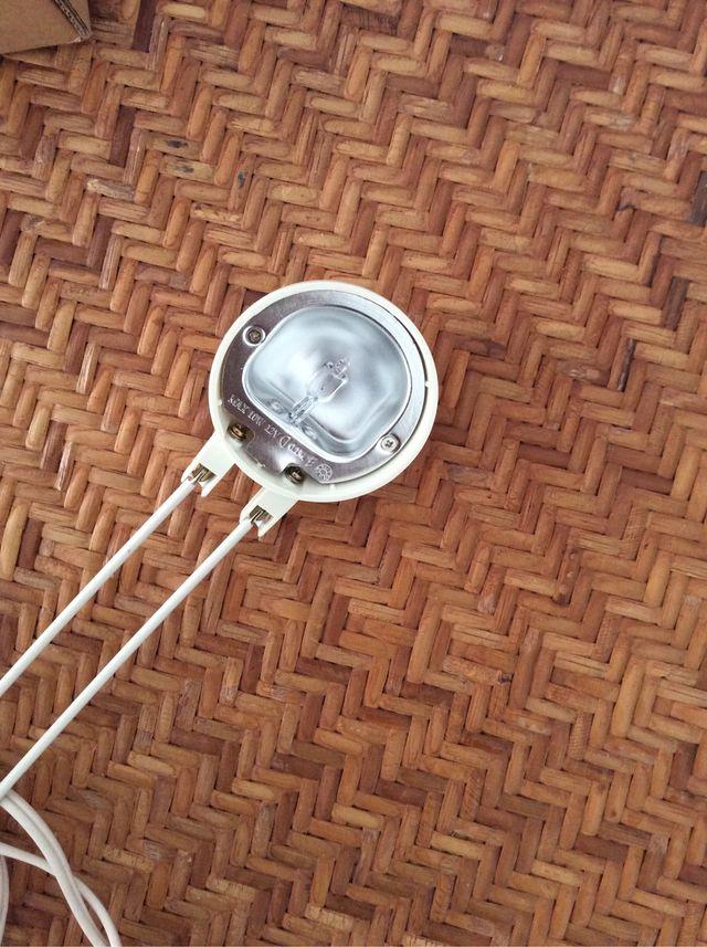 Lámparas de cabecera de cama.