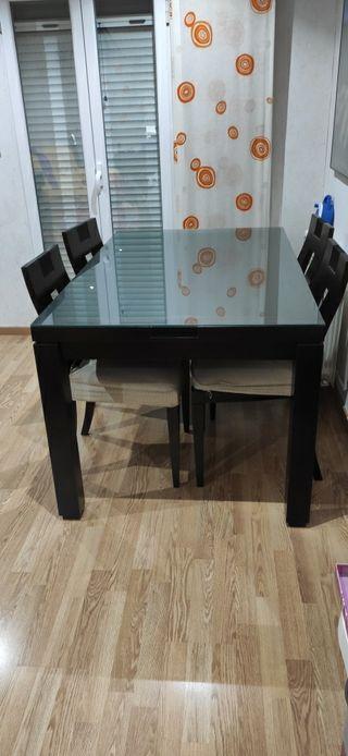 Mesa comedor+ sillas + mesa auxiliar abatible