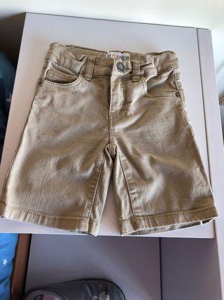 Pantalón corto vaquero niño 3-4 años