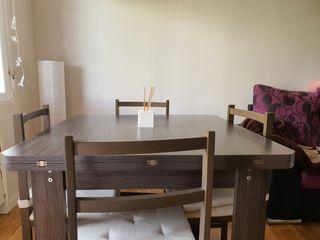 Mesa salón 90×90 extensible a 1.80 .4 sillas