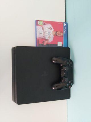 Ps4 con mando de color negro