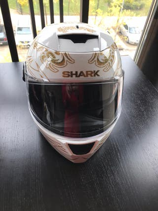 Casco Shark