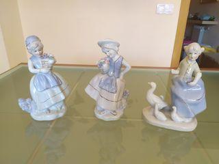 3 Figuras de mujer de Porcelana