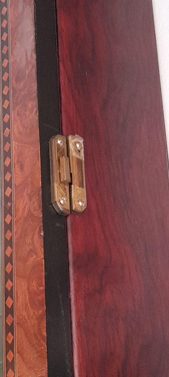2 Vitrinas de madera