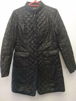 abrigo largo zara talla S negro