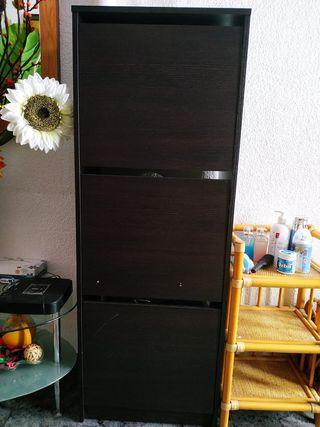 Zapatero IKEA en buen estado URGENTE!
