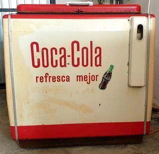 Antigua Nevera Coca Cola