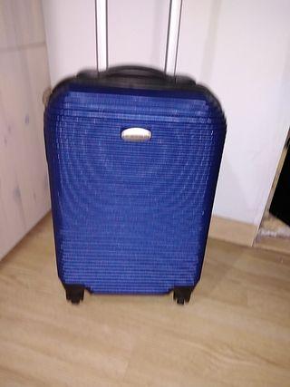 maleta dura azul de viaje