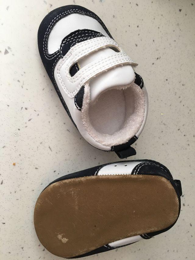 3x2 zapatillas bebe talla 16-17 NUEVAS