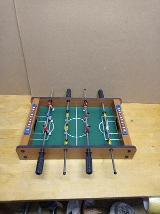 Futbolín pequeño para niños