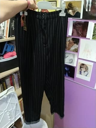 Pantalones negros de rayas