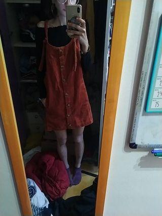 Vestido-peto de pana