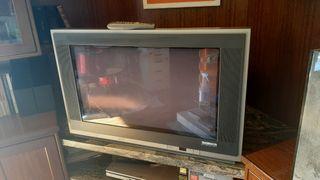 Televisor Thomson scenium 90x60 aprox