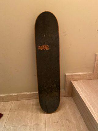 Skate - skateboard
